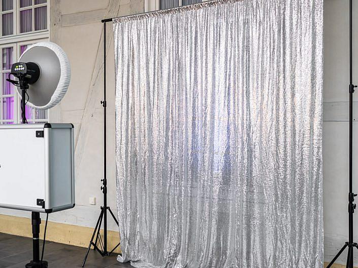 Silber Hintergrund von Fotobox Fete - Thorsten Hennig Fotograf aus Paderborn